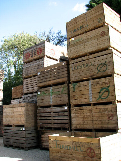 different types of wooden crates