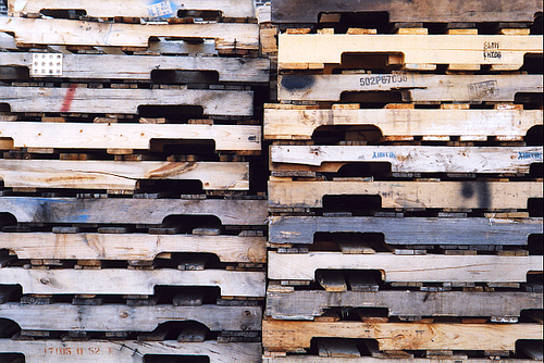 custom wooden pallets